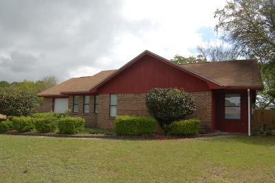 Mary Esther Single Family Home For Sale: 128 Deville Drive