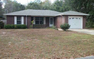Milton Single Family Home For Sale: 7231 Putter Lane