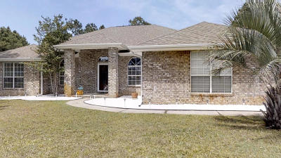 Navarre Single Family Home For Sale: 7442 Woodmont Road
