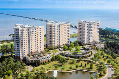 Okaloosa County Condo/Townhouse For Sale: 408 Kelly Plantation Drive #UNIT 100