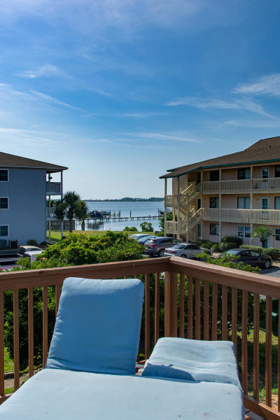 Single Family Home For Sale: 483 Marker Cove