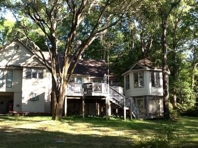 Holmes County Single Family Home For Sale: 1365 Blue Pond Lane Lane