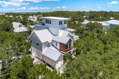 Single Family Home For Sale: 135 Dogwood Street