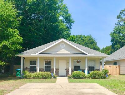 Crestview Single Family Home For Sale: 136 Dixie Street