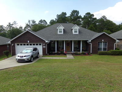 Crestview Single Family Home For Sale: 240 Foxchase Way