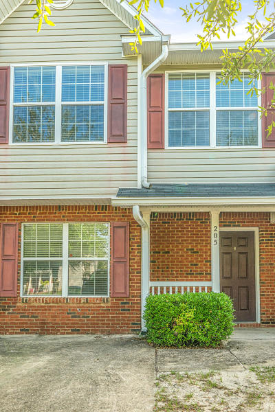 Crestview Condo/Townhouse For Sale: 205 Swaying Pine Court