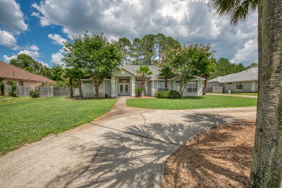 Navarre Single Family Home For Sale: 2456 Whispering Pines Boulevard