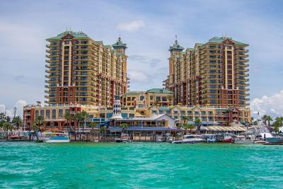 Destin Condo/Townhouse For Sale: 10 Harbor Boulevard #W727