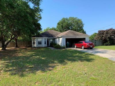 Navarre Single Family Home For Sale: 6613 Fairmont Street