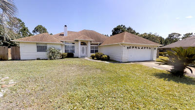 Navarre Single Family Home For Sale: 1400 Nautilus Drive