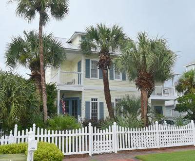 Single Family Home For Sale: 4458 Ocean View Drive
