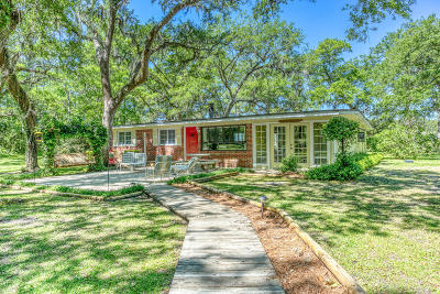 Freeport Single Family Home For Sale: 3404 E County Hwy 83a