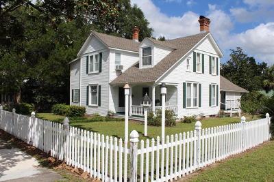 Defuniak Springs Single Family Home For Sale: 119 Live Oak Avenue