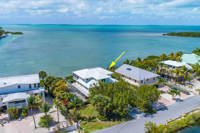 Venetian Shores (86.0) Single Family Home For Sale: 104 Gulfside Drive