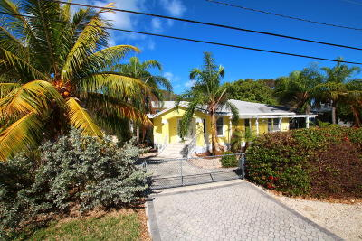 Key Largo Single Family Home For Sale: 76 Marina Avenue