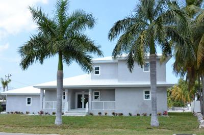 Key Colony Single Family Home For Sale: 948 W Ocean Drive