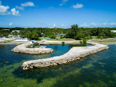 Islamorada Multi Family Home Contingent/Show: 88835 Old Highway