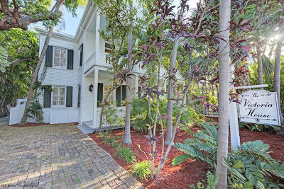 Key West FL Single Family Home Contingent/Show: $2,845,000