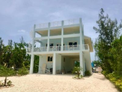 Key Largo Single Family Home For Sale: 66 Jean La Fitte Drive