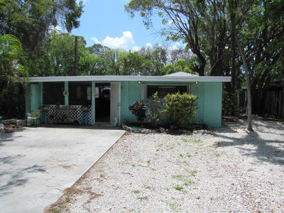 Key Largo Single Family Home For Sale: 84 Le Grand Drive
