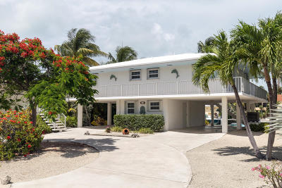 Key Colony Single Family Home For Sale: 521 11th Street