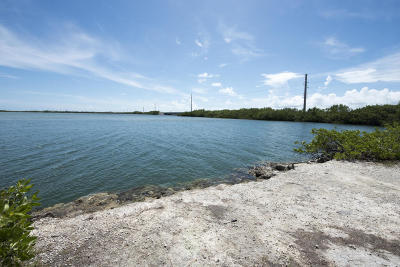 Monroe County Residential Lots & Land Contingent: Vacant Land Sugarloaf Key Highway