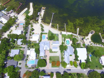 Key Largo Single Family Home For Sale: 128 & 130 Point Pleasant Drive