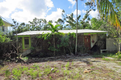 Key Largo Single Family Home Contingent/Show: 3 Bowen Drive
