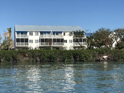 Marathon Condo/Townhouse For Sale: 95 Coco Plum Drive #4C