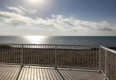 Single Family Home For Sale: 1435 Long Beach Drive