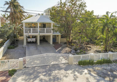 Key Largo Single Family Home For Sale: 239 S Ocean Shores Drive