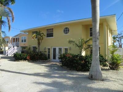 Marathon Single Family Home For Sale: 7949 Gulfstream Boulevard