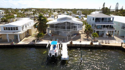 Key Largo Single Family Home For Sale: 907 Narragansett Lane