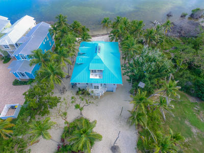 Single Family Home For Sale: 77501 Overseas Highway