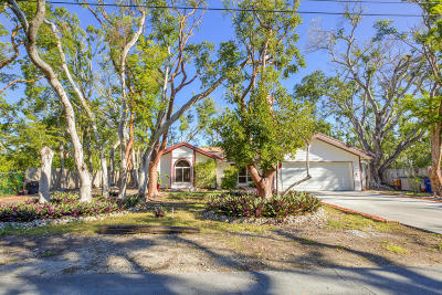 Key Largo Single Family Home For Sale: 461 Barracuda Boulevard