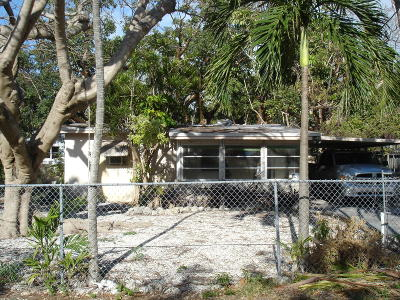 Key Largo Single Family Home For Sale: 813 La Paloma Road