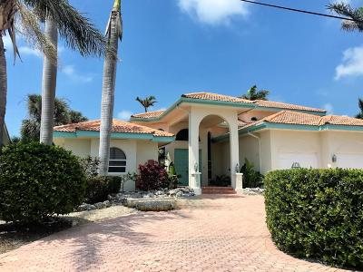 Key Colony Single Family Home For Sale: 305 13th Street