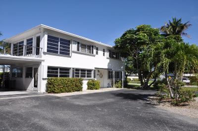 Key Colony Half Duplex Contingent/Show: 1000 W Ocean Drive