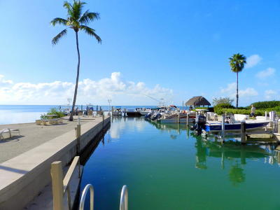 Tavernier Condo/Townhouse For Sale: 94220 Overseas Highway #2H
