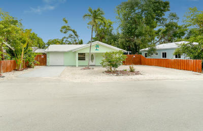 Key Largo Single Family Home For Sale: 718 Barcelona Road