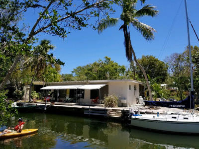 Key Largo Single Family Home For Sale: 205 Pirates Drive