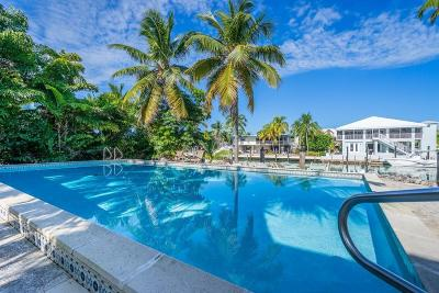 Islamorada Single Family Home For Sale: 136 Stromboli Drive