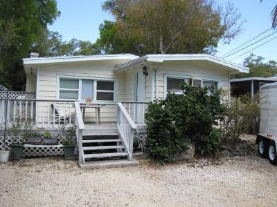 Tavernier Single Family Home For Sale: 235 Antigua Road