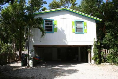 Tavernier Single Family Home For Sale: 210 Key Honey Road