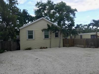 Key Largo Single Family Home For Sale: 516 Tina Place