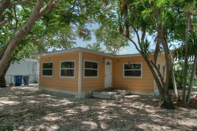 Key Largo Single Family Home For Sale: 101 Poinciana Drive