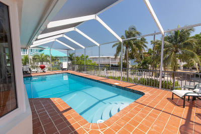 Islamorada Single Family Home For Sale: 439 Palm Drive