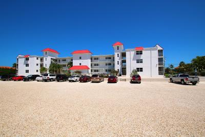 Monroe County Condo/Townhouse For Sale: 605 Sombrero Beach Road #104