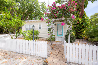 Key Largo Single Family Home For Sale: 121 Ocean Bay Drive