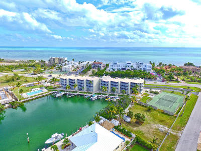 Marathon Condo/Townhouse For Sale: 130 Coco Plum Drive #304